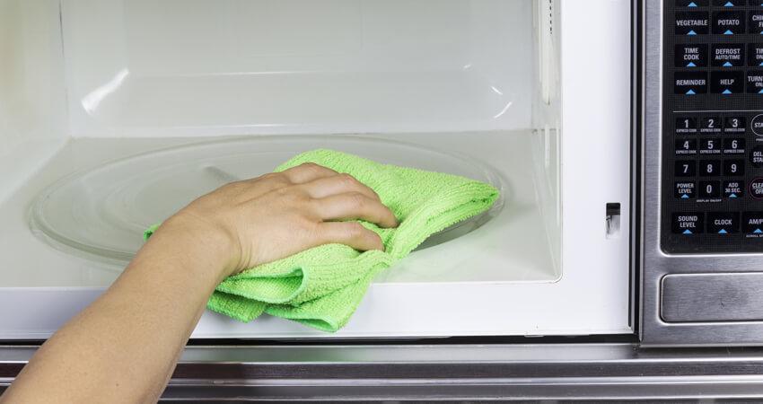 mantenha-seu-micro-ondas-limpo